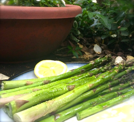 Asparagus, its what's for dinner.